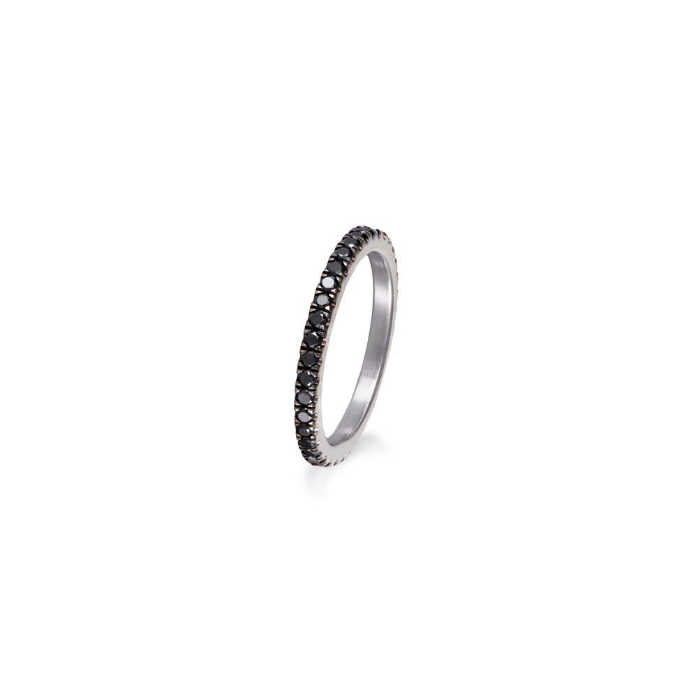 Full eternity black diamonds ring